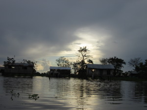 houses on the river amazon columbia