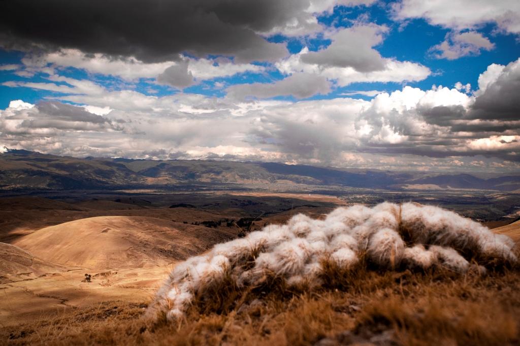 valle del rio mantaro peru